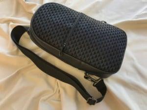 Sling bag 鱗