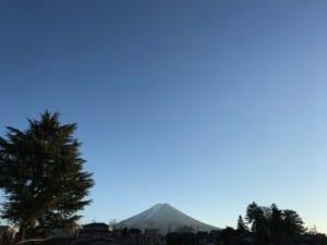 当館脇より ある日の富士山